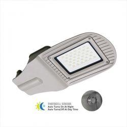LED φωτιστικό δρόμου με αισθητήρα μέρας-νύχτας 50w 230v ψυχρό λευκό 6400K 4000lumen σε γκρι σώμα Κωδικός : 5494
